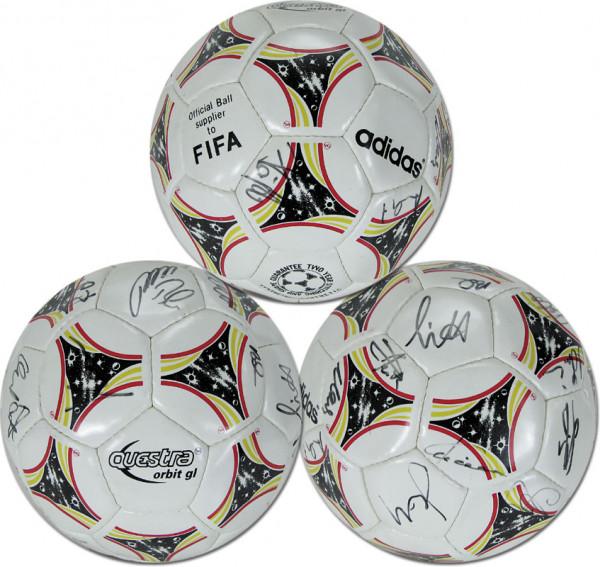 "Nationalmannschaft 1994: Adidas Spielball ca. 1994 ""Adidas Questra"" mit ca"
