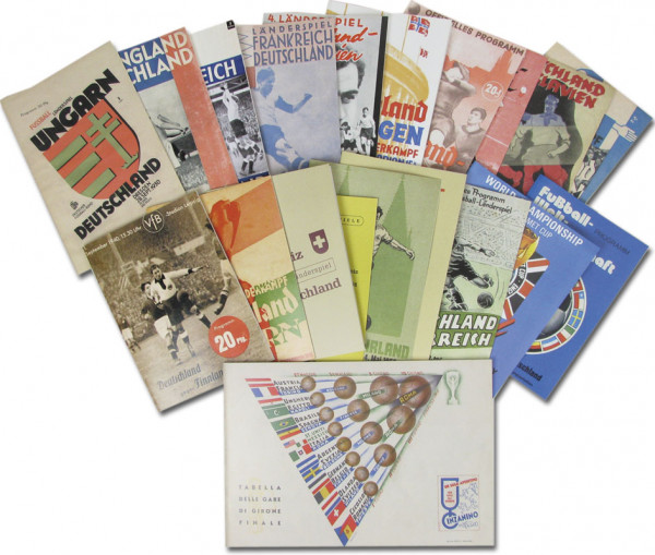 20 Reprints Fußball-Programmhefte von deutschen Länderspielen 1930 bis 1974