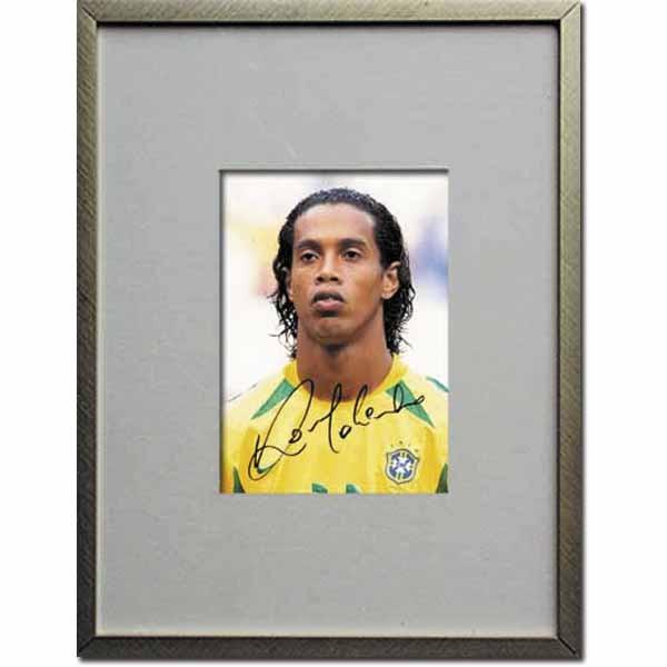 Ronaldinho: Original Autograph im Rahmen