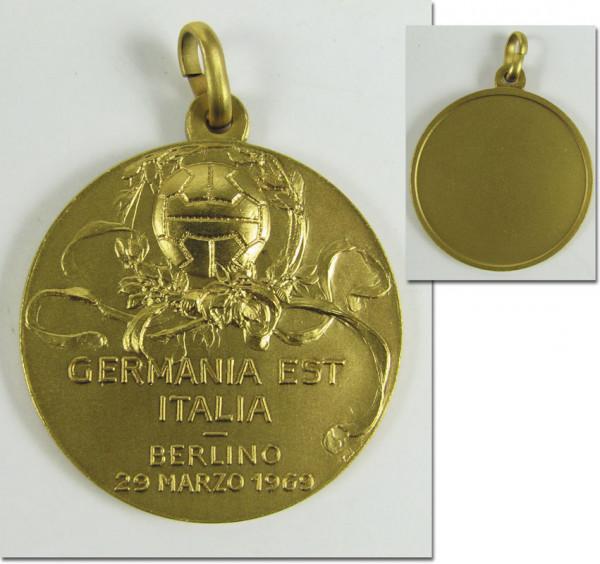 Participation medal Football 1969 Italy v GDR