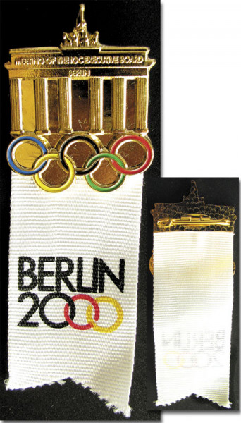 Olympic Games IOC Badge 2000 Berlin