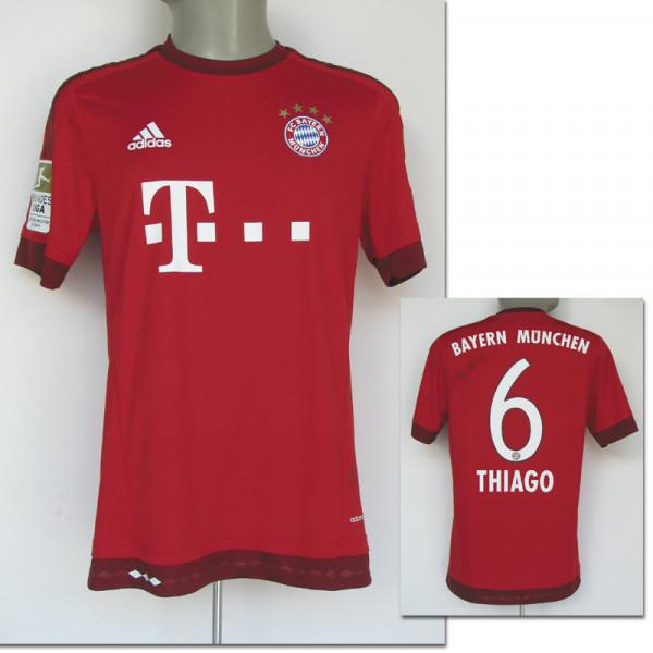 Thiago Alcantara, 7.11.2015 gegen Stuttgart, München, Bayern - Trikot 2016